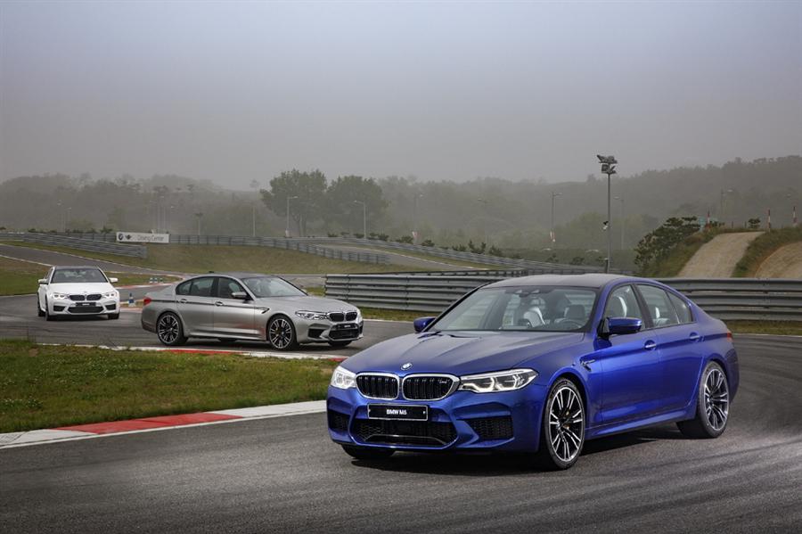 BMW 뉴 M5.