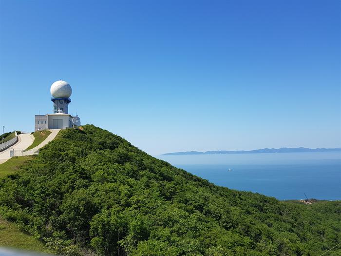 지난 1일 백령도 대기오염집중측정소에서 바라 본 북한 황해도. 사진/신지하기자