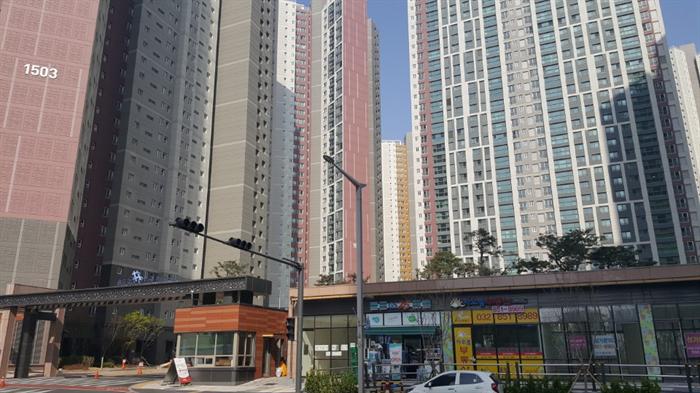 인천에 위치한 한 아파트. 사진/김응태 기자