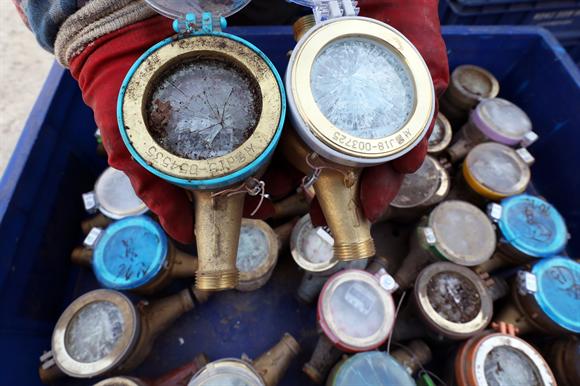 동파한 수도계량기. 사진/뉴시스
